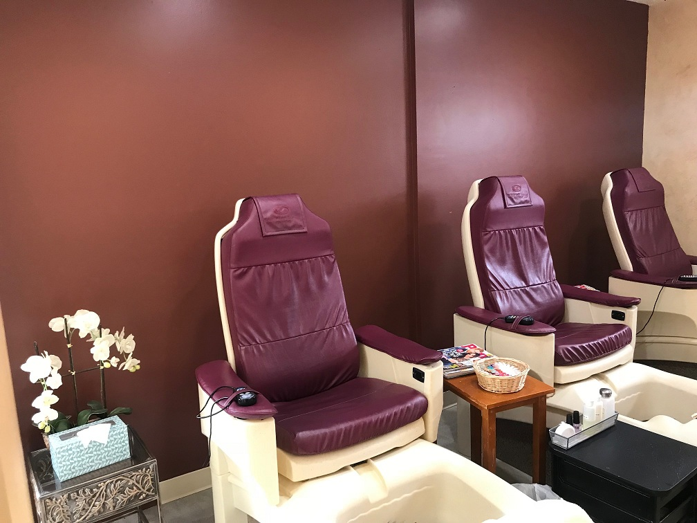 march, pedicure chairs, pedicures, bristol, bristol ct, bristol ct spa, dayspa, salon, painting